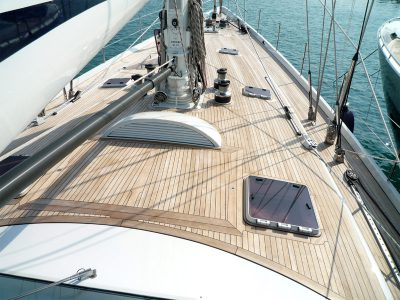 New decks on Sailing yachts